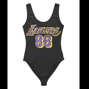 🍓 3/$10 Forever 21 Lakers Bodysuit Size Small